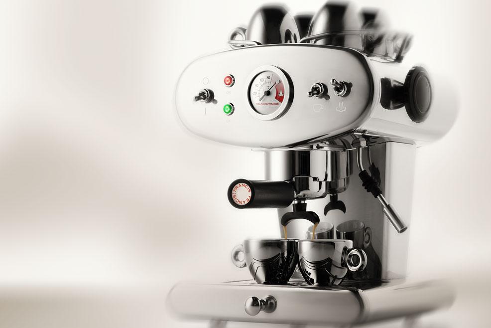 Macchina da caffè macinato X1 illy